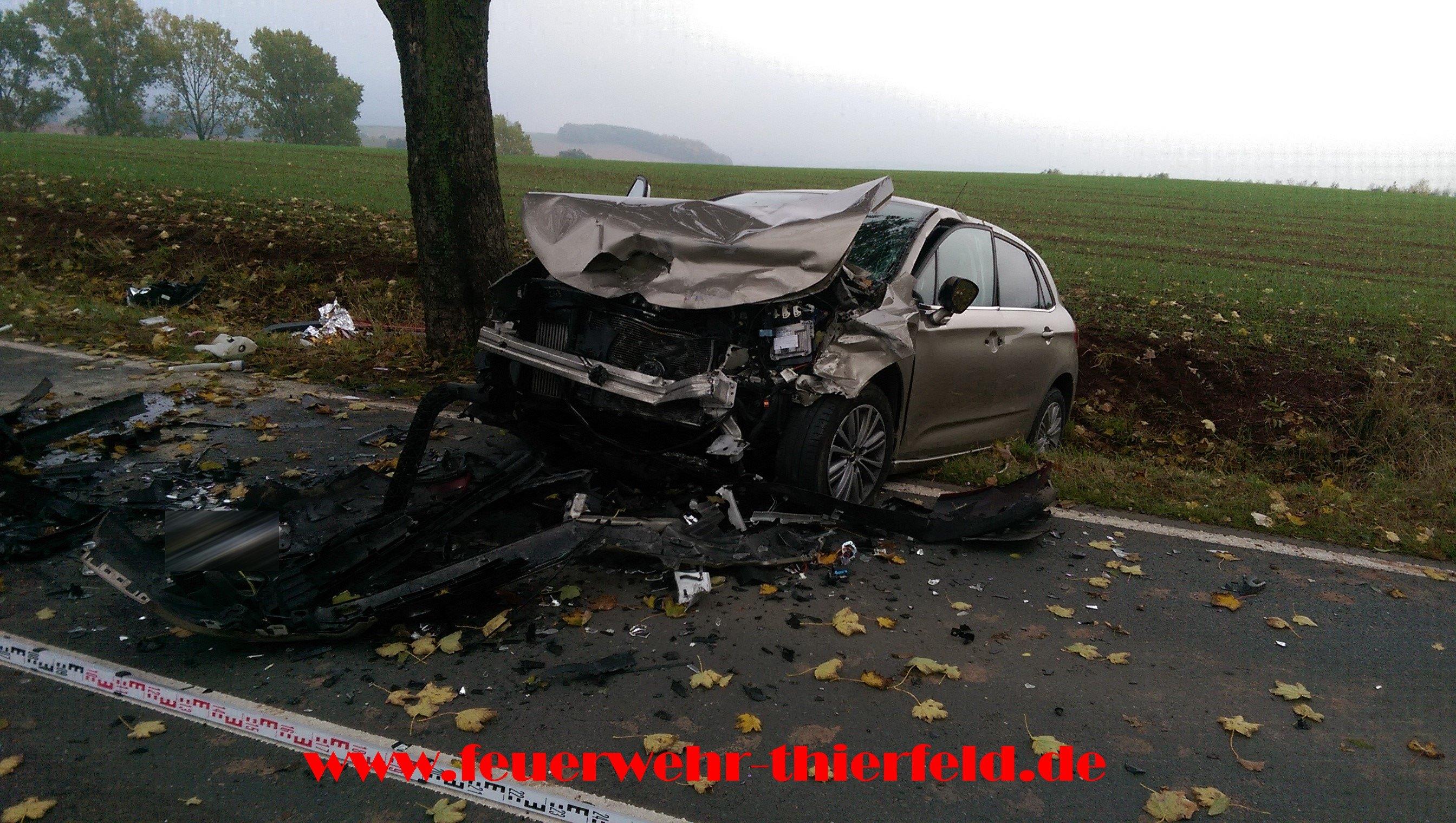 Einsatz 13: Verkehrsunfall, eingeklemmte Person