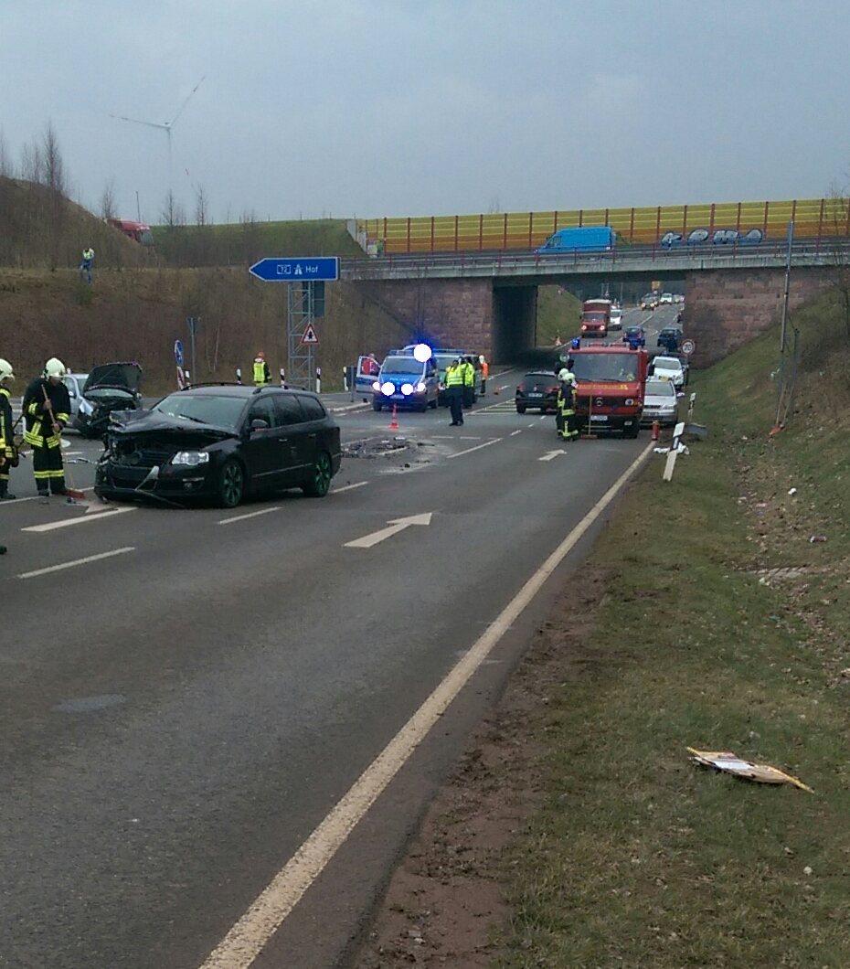 Einsatz 2: Verkehrsunfall mit auslaufenden Betriebsmitteln