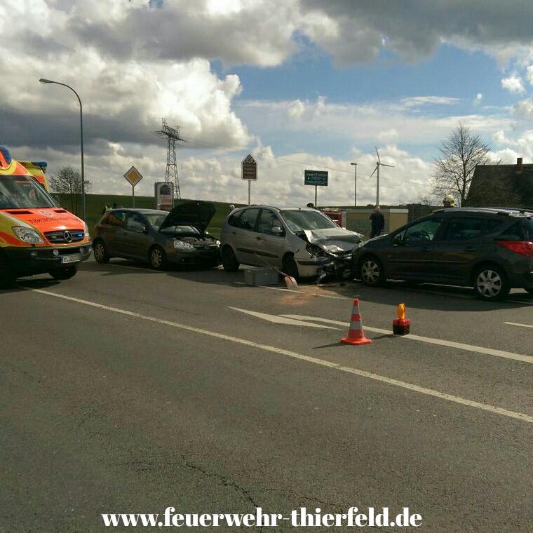 Einsatz 6: Verkehrsunfall mit auslaufenden Betriebsmitteln