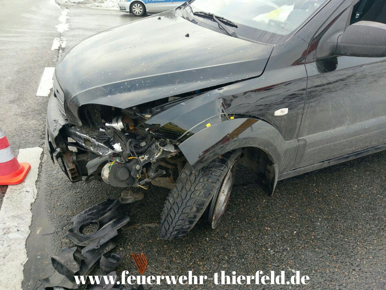 Einsatz 3: Verkehrsunfall mit auslaufenden Betriebsmitteln