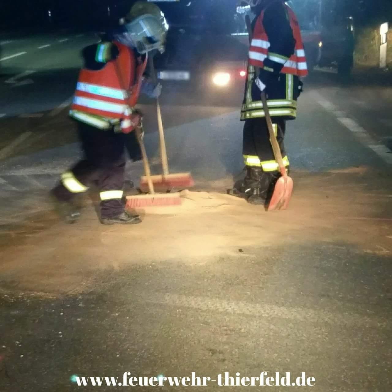 Einsatz 18: Verkehrsunfall mit auslaufenden Betriebsmitteln